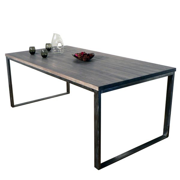 Table fer contemporaine for Table bois pied fer forge